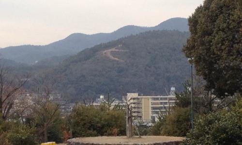 『京都おさんぽ#5』大文字がしっかり見える公園。歩いて5分。