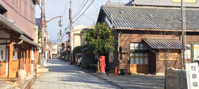 『京都おさんぽ#71』朝の浄福寺通りにて。キリっとした空気に和の佇まいが映えます。